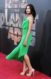 Freida Pinto elongated her legs at the 'Rise of the Planet of the Apes' premiere in nude patent peep-toes. The neutral heels were an ideal choice for her emerald gown.
