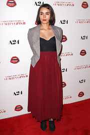 Shannyn Sossamon matched the red carpet when she wore a red flowing skirt to the premiere of 'A Glimpse Inside the Mind of Charles Swan III.'