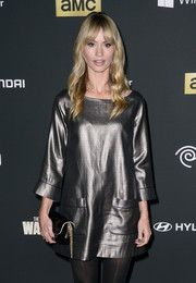 Cameron Richardson kept it laid-back in a loose silver mini dress during the 'Walking Dead' season 4 premiere.