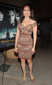 For the 'Beneath the Darkness' premiere, Dahlia Waingort wore a leopard print off-the-shoulder dress.
