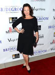 Fran Drescher went for a simple yet timeless look with this little black dress during the premiere of 'Bridegroom.'