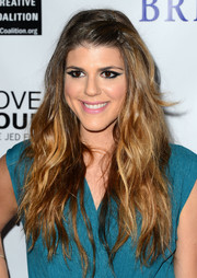 Molly Tarlov looked exotic with her Cleopatra-inspired eye makeup at the 'Bridegroom' premiere.