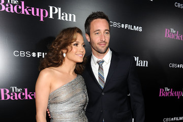 "Jennifer Lopez Alex O'Loughlin Premiere Of CBS Films' ""The Back-up Plan"" - Arrivals"