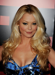 Charlotte Ross showed off her luxurious long curls at the premiere of 'Battle: Los Angeles.'