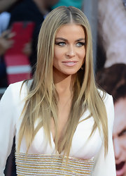 Carmen Electra kept her tresses sleek and shiny with a stick straight 'do.