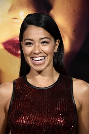 Gina Rodriguez kept it fuss-free with this straight side-parted 'do at the premiere of 'Miss Bala.'