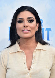Rachel Roy sported a loose straight hairstyle at the premiere of 'Peter Rabbit.'