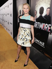Kate Bosworth paired her dress with pointy black cutout pumps by Stuart Weitzman.