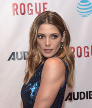 Ashley Greene attended the premiere of 'Rogue' wearing this gorgeous boho 'do.
