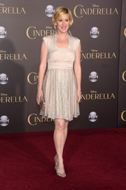 Molly Ringwald completed her red carpet look with a pair of silver peep-toes.