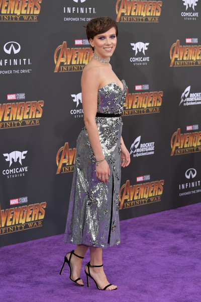 More Pics of Scarlett Johansson Diamond Choker Necklace (2 of 11) - Choker Necklace Lookbook - StyleBistro [clothing,premiere,dress,carpet,strapless dress,red carpet,shoulder,event,muscle,flooring,arrivals,scarlett johansson,california,los angeles,marvels avengers: infinity war,disney,premiere,premiere of disney]