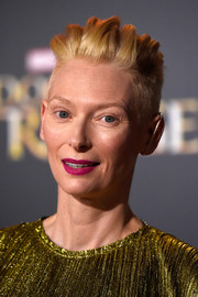 Tilda Swinton attended the premiere of 'Doctor Strange' rocking a cool textured fauxhawk.