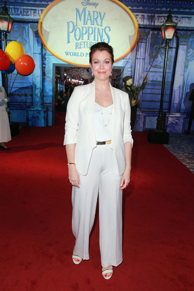 Bellamy Young attended the premiere of 'Mary Poppins Returns' wearing a simple white pantsuit.