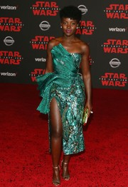 Lupita Nyong'o showed off an artfully designed strapless green dress by Halpern at the premiere of 'Star Wars: The Last Jedi.'