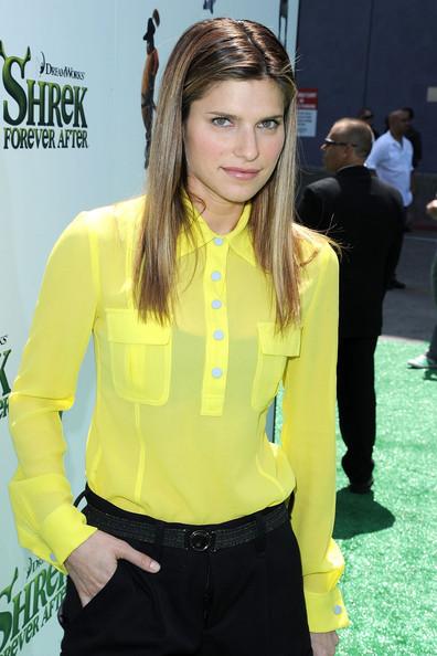 More Pics of Lake Bell Long Straight Cut (4 of 5) - Long Straight Cut Lookbook - StyleBistro