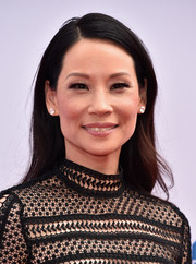 Lucy Liu opted for a simple straight hairstyle when she attended the premiere of 'Kung Fu Panda 3.'