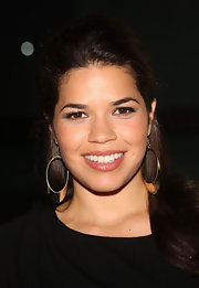 America Ferrera paired her long brunette locks with simple gold hoop earrings.