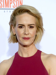 Sarah Paulson styled her short hair with a teased top and just a hint of a wave for the premiere of 'American Crime Story: The People v. O.J. Simpson.'