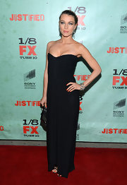 We loved the simple lines of this elegant draped dress Natalie wore to the 'Justified' season premiere.