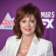 Hairstyles For Women With Fine Hair: Susan Sarandon's Feathered Lob