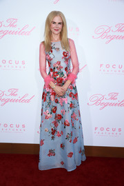 Nicole Kidman looked downright romantic in a floral-embroidered pastel gown by Carolina Herrera at the premiere of 'The Beguiled.'