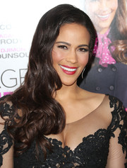 Paula Patton paired a curly side sweep with a lace dress for an ultra-feminine finish at the 'Baggage Claim' premiere.