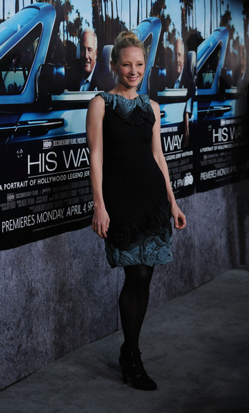 Anne wears a cashmere frock with teal ombre silk embroidery for the 'His Way' premiere.