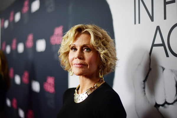 Jane Fonda styled her hair into a curly bob for the premiere of 'Jane Fonda in Five Acts.'