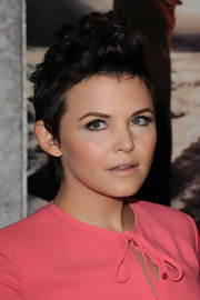 Ginnifer Goodwin wore a flirty pair of false lashes at the season five premiere of 'Big Love.'