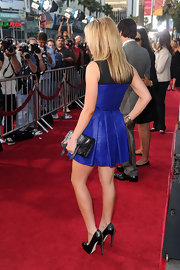 Anna rocked the awesome lace up-detailed Harrison pumps with her two-toned Proenza Schouler cocktail dress.