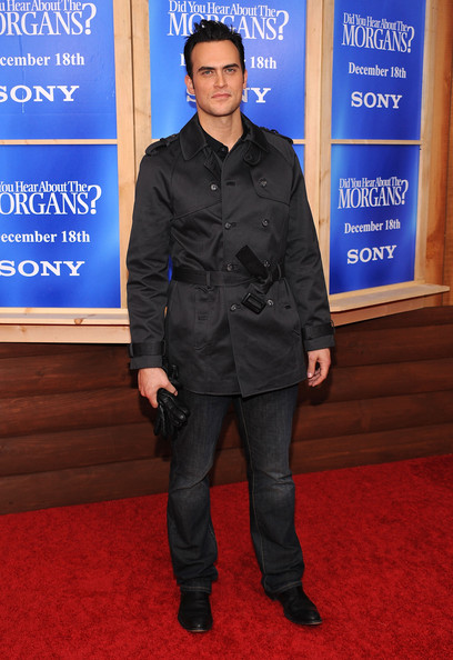 Cheyenne Jackson oozed style in a classic black pea coat.
