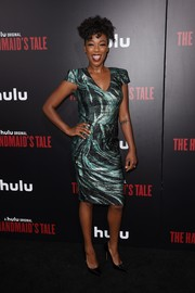 Samira Wiley chose a bold-shouldered metallic print dress for the premiere of 'The Handmaid's Tale.'