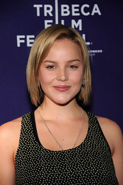 Actress Abbie Cornish showed up at the Tribeca Film Festival donning a simple shoulder length bob.
