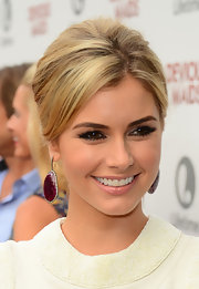 Brianna Brown chose a pinned back 'do for her retro-inspired look at the 'Devious Maids' premiere.