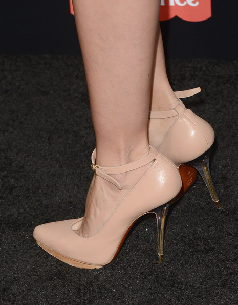 More Pics of Cameron Diaz Platform Pumps (1 of 70) - Cameron Diaz Lookbook - StyleBistro