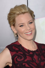 Elizabeth Banks added a pair of 19th century aquamarine drop earrings to her glamorous look at the 'What to Expect When You're Expecting' premiere.