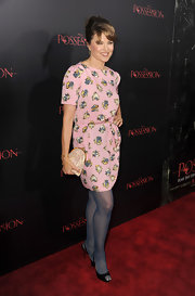 Lucy Lawless took to the red carpet in this lovely pink patterned dress.