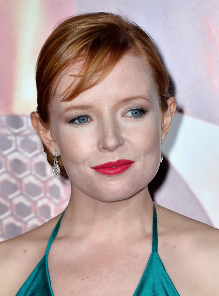 Stef Dawson pinned her hair up in a side chignon for the 'Catching Fire' premiere in LA.