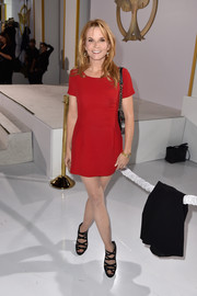 Lea Thompson opted for a super-short red dress when she attended the 'Hunger Games: Mockingjay Part 1' premiere.