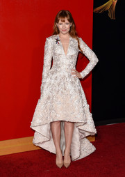 Stef Dawson attended the 'Hunger Games: Mockingjay - Part 2' premiere looking regal in an intricately embroidered fishtail dress.