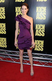 Lyndsy Fonseca looked absolutely stunning in a purple one-shoulder dress. he added ruching added just the right amount of interest.