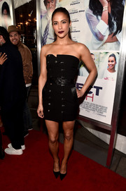 Paula Patton looked cool and chic in a strapless, button-front black mini at the 'Perfect Match' premiere.