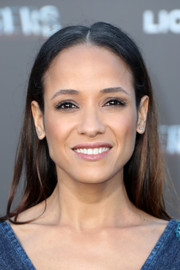 Dania Ramirez kept it minimal with this loose straight style at the LA premiere of 'Power Rangers.'