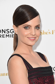 Mena Suvari showed off a sleek and elegant side-parted ponytail at the premiere of 'She's Funny That Way.'