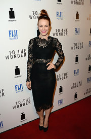 Rachel McAdams' LBD had a fun and modern twist with its long lace sleeves.