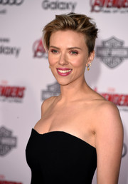 Scarlett Johansson looked tough-chic with her tousled boy cut at the premiere of 'Avengers: Age of Ultron.'