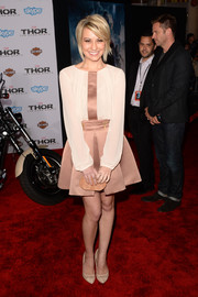 Chelsea Kane sported a girly silhouette at the 'Thor: The Dark World' premiere in a beige Elisabetta Franchi cocktail dress with a flared skirt.