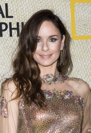 Sarah Wayne Callies looked pretty with her loose waves at the premiere of 'The Long Road Home.'