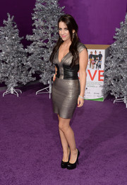 Pattie Mallette was one hot babe in her silver and black bandage dress during the premiere of 'Justin Bieber's Believe.'