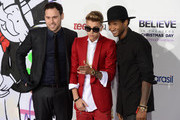 Justin Bieber and Usher Photo
